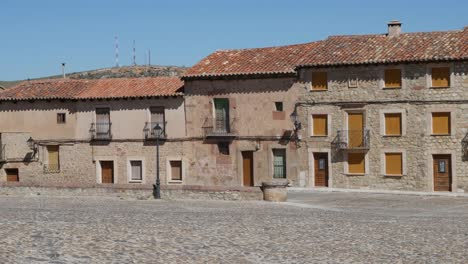 Spain-Siguenza-Town-Houses