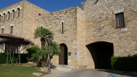 Spain-Tortosa-Parador-Entry