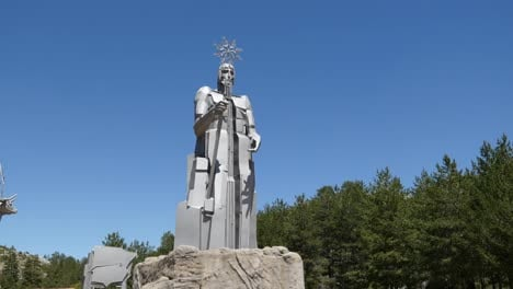 Spain-Statue-At-Source-Of-The-Tajo