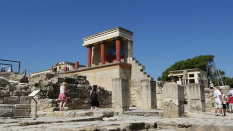 Greece-Crete-Knossos-Minoan-Civilization-Restoration-With-Touring-Couple