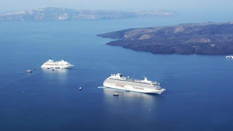 Greece-Santorini-Ships-Moving-In-Caldera-Dramatic-Time-Lapse