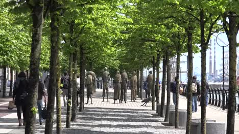 Ireland-Dublin-Famine-Monument-Down-Tree-Alley
