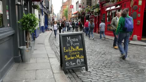 Ireland-Dublin-Temple-Bar-Cafe-Sign