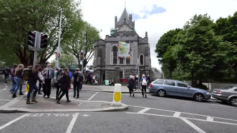 Ireland-Dublin-Street-And-Christ-Church-Cathedral-