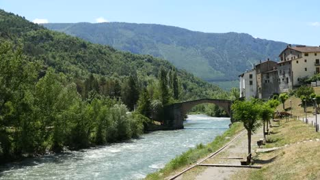 Spain-Pyrenees-Gerri-De-La-Sal-With-View-Of-River-And-Hills