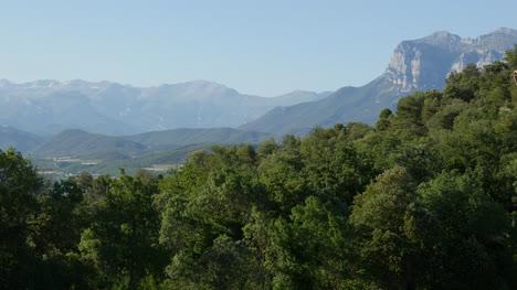 Spain-Pyrenees-Peaks-In-Distance