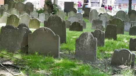 Usa-Boston-Granary-Burying-Grounds-Tombstones