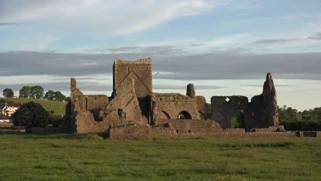 Ireland-Cashel-Hore-Abbey-In-Evening-Zoom-In