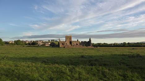 Ireland-Cashel-Hore-Abbey-Ruins-In-Evening-Zoom-In