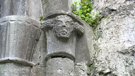Ireland-Corcomroe-Abbey-Carved-Head-Above-Column-