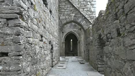 Ireland-Corcomroe-Abbey-Looking-Toward-Gothic-Archway