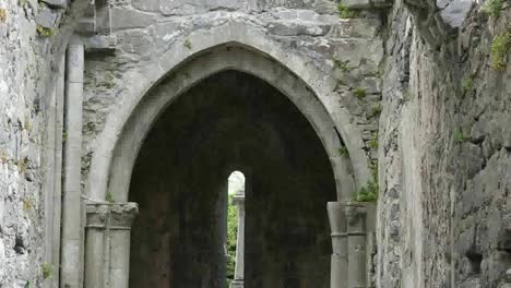 Ireland-Corcomroe-Abbey-Window-Through-Gothic-Arch-