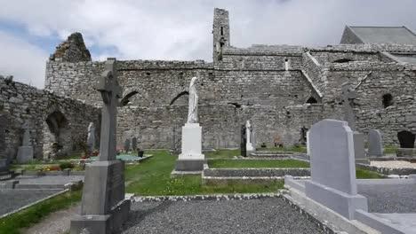 Ireland-Corcomroe-Abbey-With-Cemetery