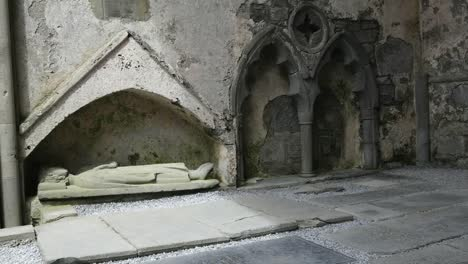 Ireland-Corcomroe-Abbey-With-Effigy-Figure-Of-King-In-Notch