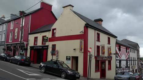 Ireland-County-Kerry-Killorglin-Town