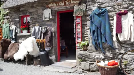 Ireland-County-Kerry-Craft-Shop-