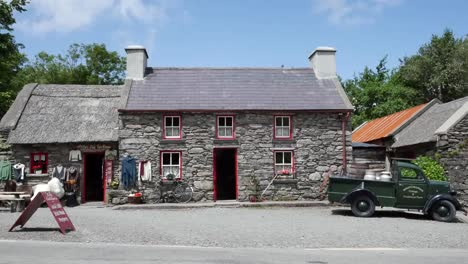 Ireland-County-Kerry-Shop-In-Stone-Cottage-