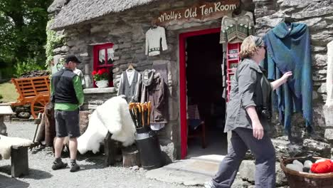 Ireland-County-Kerry-Tourists-Shopping-For-Crafts