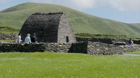 Ireland-Dingle-Gallarus-Oratory-Surrounded-By-Stone-Wall-Pan