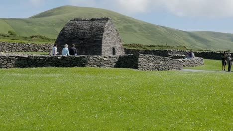 Ireland-Dingle-Gallarus-Oratory-Surrounded-By-Stone-Wall