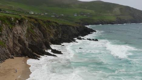 Ireland-Dingle-Peninsula-Waves-On-Rocks-And-Sand