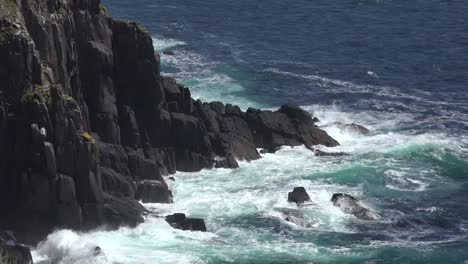 Ireland-Dingle-Coast-With-Waves-Hitting-Cliffs