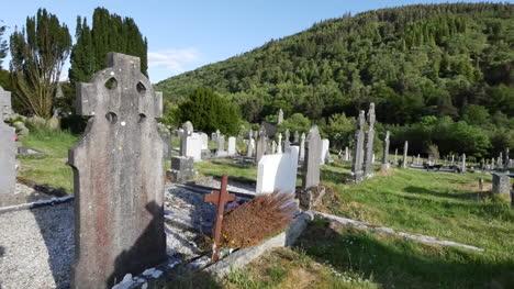 Ireland-Glendalough-Cemetery