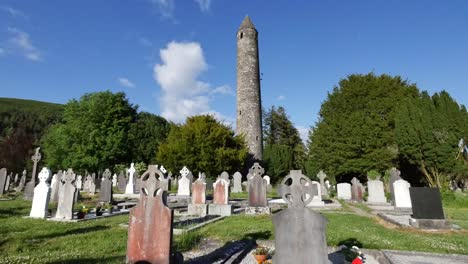 Ireland-Glendalough-Monastic-Ruins-With-Round-Tower