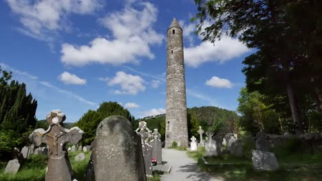 Ireland-Glendalough-Round-Tower-At-Celtic-Monastery-Morning