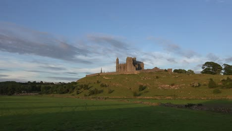 Ireland-Rock-Of-Cashel-In-Evening-Zoom-Out