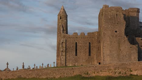 Ireland-Rock-Of-Cashel-In-Late-Evening