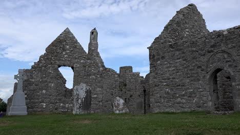 Irlanda-Clonmacnoise-Ruinas-De-La-Catedral