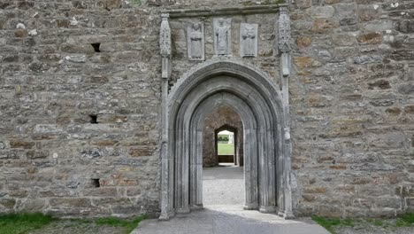 Ireland-Clonmacnoise-Carved-Saints-Decorate-A-Doorway