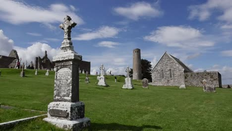 Ireland-Clonmacnoise-In-Sunshine