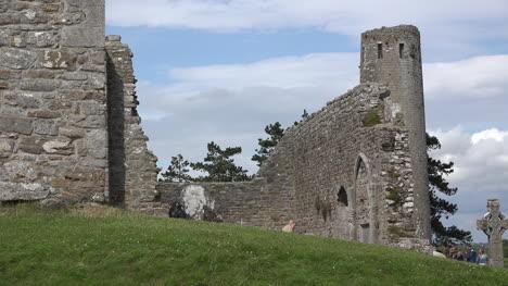 Irland-Clonmacnoise-Ruinen