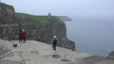 Ireland-County-Clare-Cliffs-Of-Moher-Tourists-Sightseeing-