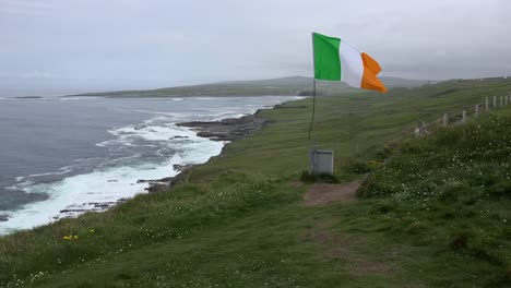 Ireland-County-Clare-View-Along-Coast-With-Irish-Flag-Flying