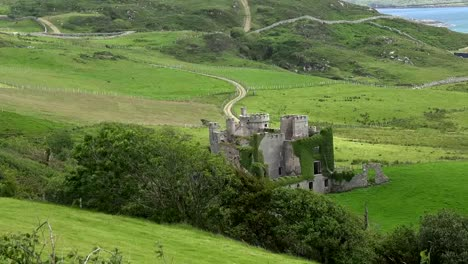 Ireland-County-Galway-Clifden-Castle-Near-The-Sea-Zoom-In