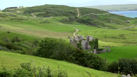 Ireland-County-Galway-Clifden-Castle-Near-The-Sea