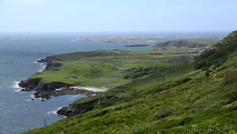Ireland-County-Galway-Connemara-View-From-The-Clifden-Sky-Road
