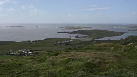 Ireland-County-Galway-Connemara-View-Of-Islands-From-The-Sky-Road-Pan-