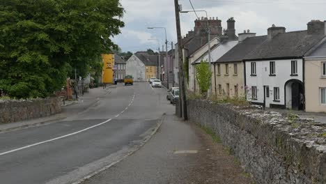 Ireland-County-Offaly-Small-Town-Street