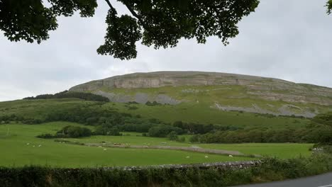 Ireland-County-Sligo-Knocknarea-A-Limestone-Hill
