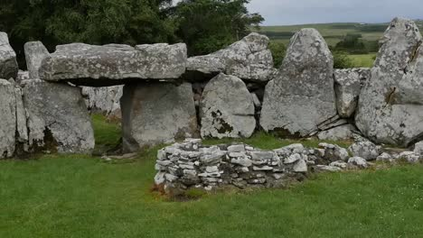 Ireland-Creevykeel-Court-Tomb-In-County-Sligo