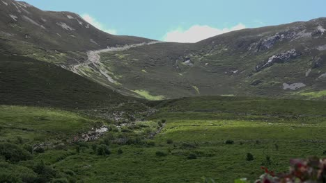 Ireland-Croagh-Patrick-Path-Winds-Up-Mountain