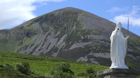 Ireland-Croagh-Patrick-Statue-And-Sacred-Mountain-
