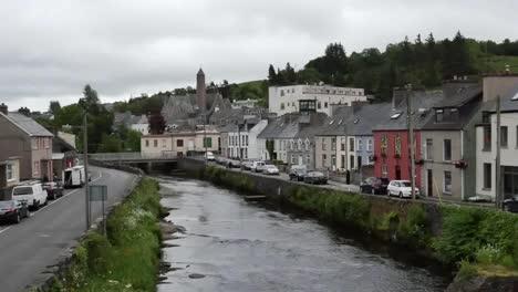 Irlanda-Ciudad-De-Donegal-Junto-Al-R�o-Eske-Acercar-Irlanda-Donegal-Ciudad-Junto-Al-Río-Eske-Acercar