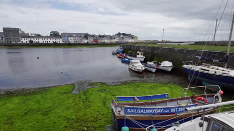 Ireland-Galway-Bay-With-Boats-And-Houses-Beyond-Zoom
