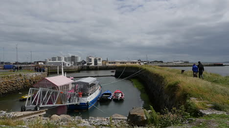 Ireland-Galway-City-Mooring-By-Bay