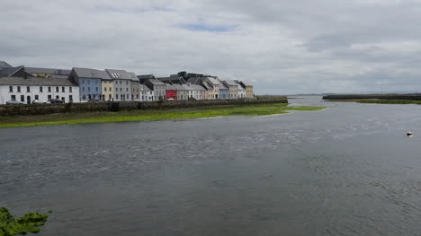 Ireland-Galway-City-Tide-Flowing-Out-Of-Bay